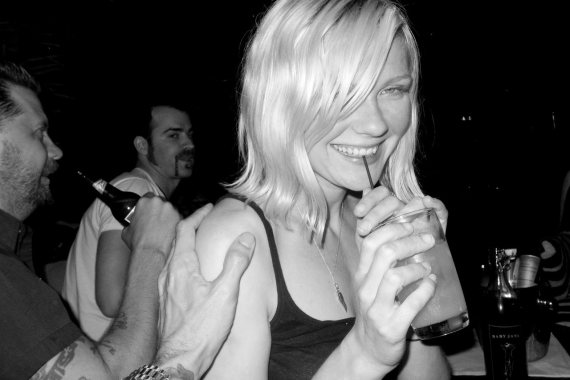 20100811164814-kirsten-dunst-by-terry-richardson-b.jpg