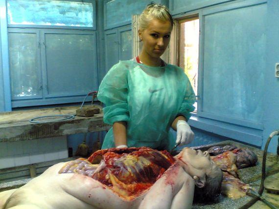 20101215122358-autopsia-a-una-cajera-por-una-cajera.jpg